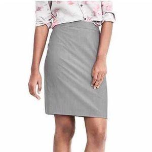 Banana Republic Gray Light Wool Pencil Skirt - 8